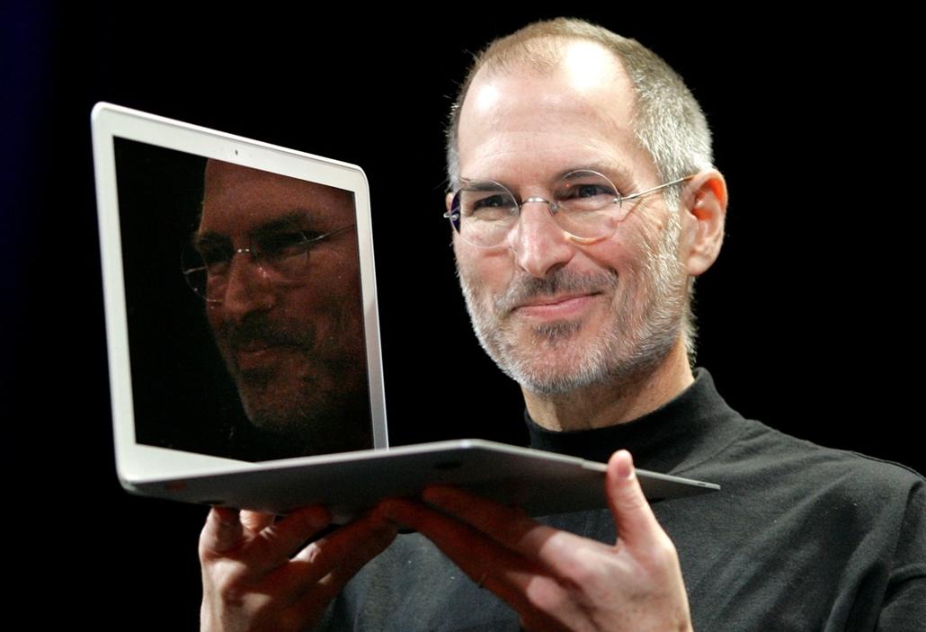 2008. január 15. - Az új MacBook Air - bemutató a San Francisco-i Apple MacWorld Konferencián - Steve Jobs évforduló -nagyítás