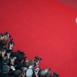 Ügyesen kikerülik a szelfitilalmat a Cannes-i Filmfesztivál vendégei