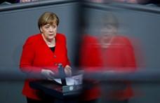 Merkel is megszólalt a Brexit halasztásáról