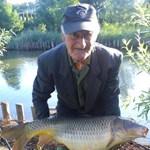 Gigahalat fogott egy 84 éves magyar pecás – fotó
