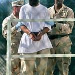 Fordulat: Obama mégsem záratja be Guantánamót