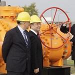 Érdekes: a Fidesz szerint orosz birodalmi érdekeket szolgál a kormány