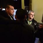 Bűncselekmény történhetett a választási irodánál, az MSZP tüntet és feljelent