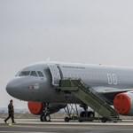 Németh Szilárd már végigsimíthatta az üléseket a frissen érkezett honvédségi repülőkön – fotók