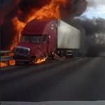 Azonnal berobbant a kamion a balesete után - videó