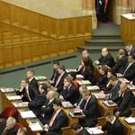 Szerdán megalakítja frakcióját az MSZP
