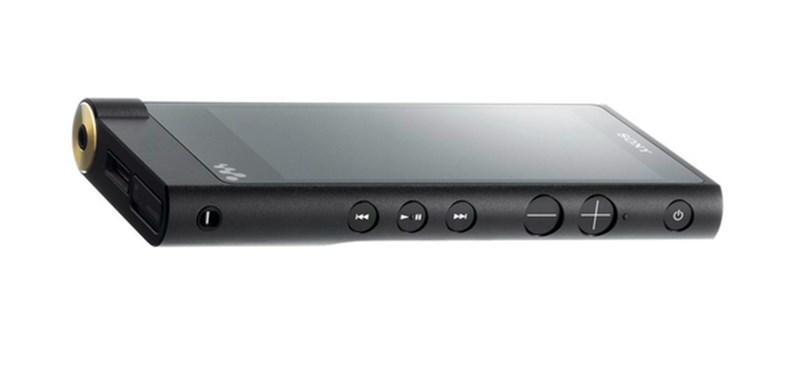Itt az új Walkman