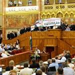 Novák Előd fizetheti a legtöbb parlamenti büntetést