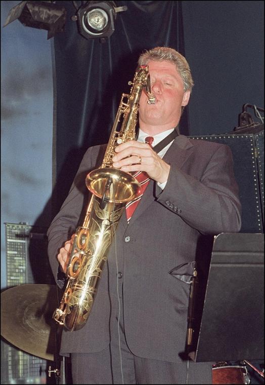 1992.05.21. - Clinton játéka a Nat Jones trióval a Manhattan night-clubban egy jótékonysági rendezvényen  - CLNTNAGY