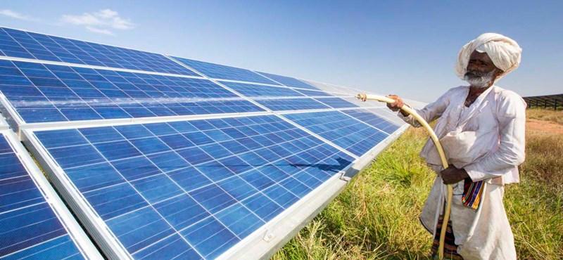 Nekünk atomot adnak el az oroszok, Indiának napelemes beruházásokat