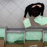 51 külföldi szavazatot nem ismert fel a szkenner, de kézzel megoldották