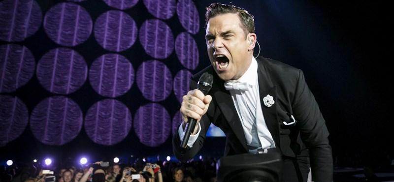 Videó: Robbie Williams magyar diákokkal énekelt az Arénában