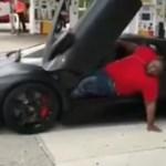 A nap videója: Nem minden testalkattal kompatibilis egy Lamborghini