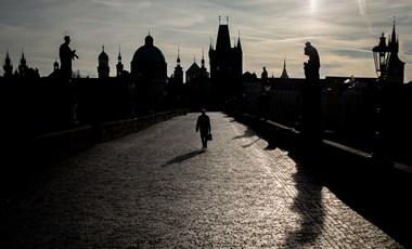 Rossz döntések sorozata kellett ahhoz, hogy Csehország az EU legjobban fertőzött országa legyen