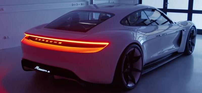 Porsche: csak egy tipikus nap az irodában - videó