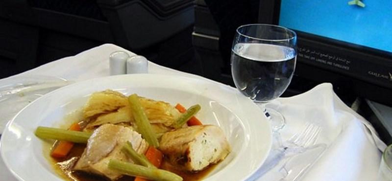 Mit eszünk a repülőn? (képgalériával)