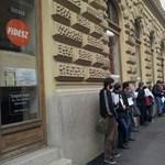 A Fidesz-székház volt a szegedi diákok célpontja
