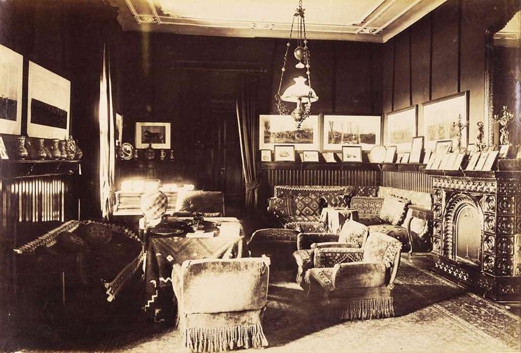 fortep_! - Klösz György kastély nagyítás - A karácsondi Beretvás-kastély nagyszalonja. A felvétel 1895-1899 között készült.