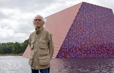 Meghalt Christo, a világhírű bolgár csomagolóművész