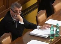 Ismét több tízezren követelték Andrej Babis lemondását
