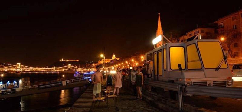 Szaunázna egy buszban a Duna-parton? Most itt a lehetőség