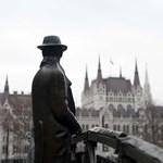 Gomperz: Vánszorgunk a forradalomba