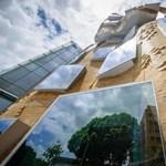"""""""A legszebb összegyűrt papírzacskó"""" - újabb elképesztő épület nyílt Sydneyben"""