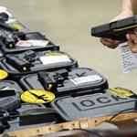 Fegyvert és speciális kiképzést kapnak a floridai tanárok az iskolai ámokfutás után
