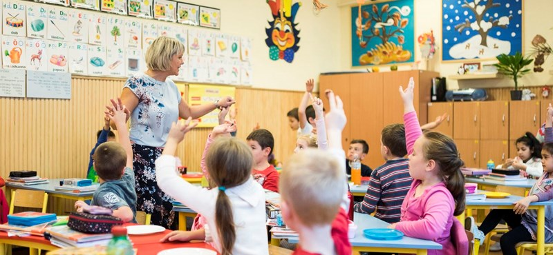 Újabb iskoláknak menne neki az Orbán-kormány