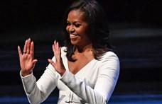 A Le Monde beletúrt Obamáék zsebébe