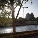 Harangozással emlékeznek a Notre-Dame tragédiájának évfordulójára