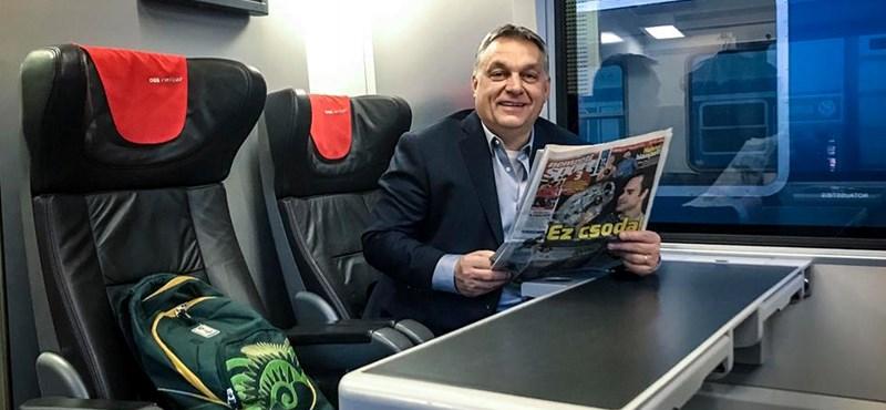 Vonattal és az elmaradhatatlan hátizsákkal indult Orbán Bécsbe