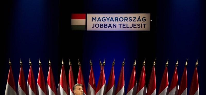 Ingyen megkapta a Fidesz a kormánytól a reklámkampányát
