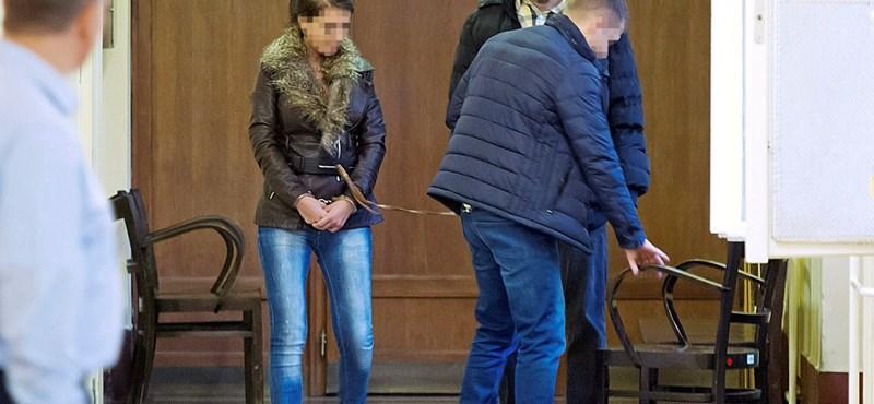 Óvadék ellenében kiengedhetik a bekokainozva gázoló cserbenhagyó nőt