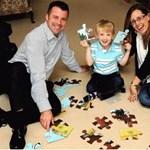 Még csak négyéves, de már lenyűgözte a szakembereket egy brit kisfiú