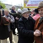 Indul a nyugdíjasok toborzása, 100 ezren is munkába állhatnak