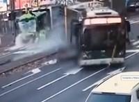 Piroson átrongyoló trolivezető okozott tragikus balesetet Milánóban – videó