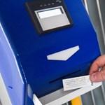 Szeged megelőzte Budapestet, ott már lehet kártyával jegyet venni a villamoson
