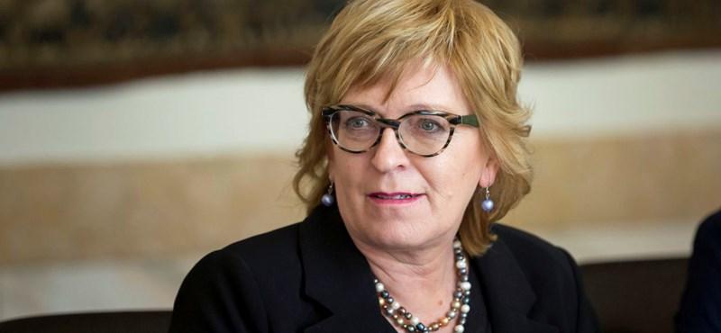 Országos Bírói Tanács: Handó Tünde törvénymódosítással legalizálná a törvénysértéseit