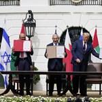 Új Közel-Kelet születik? Aláírták az Ábrahámról elnevezett békemegállapodást