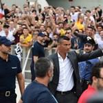 Tömegek várják Cristiano Ronaldót Torinóban