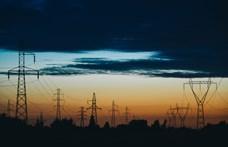 Több mint egy évtizeden át lopta az áramot egy férfi Pécsen