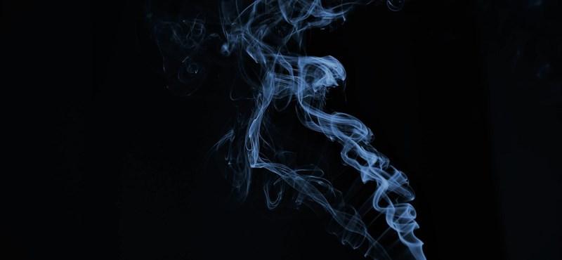 Aránytalanul nagy számban betegednek meg fiatalok az e-cigitől