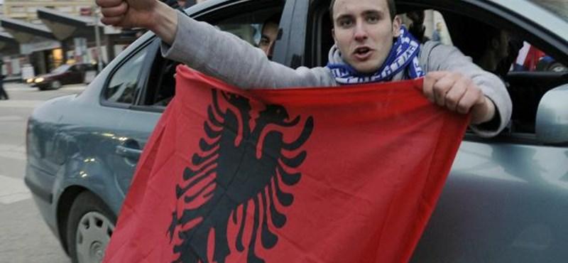 Saját hívószámot kapott a nyolc éve független Koszovó
