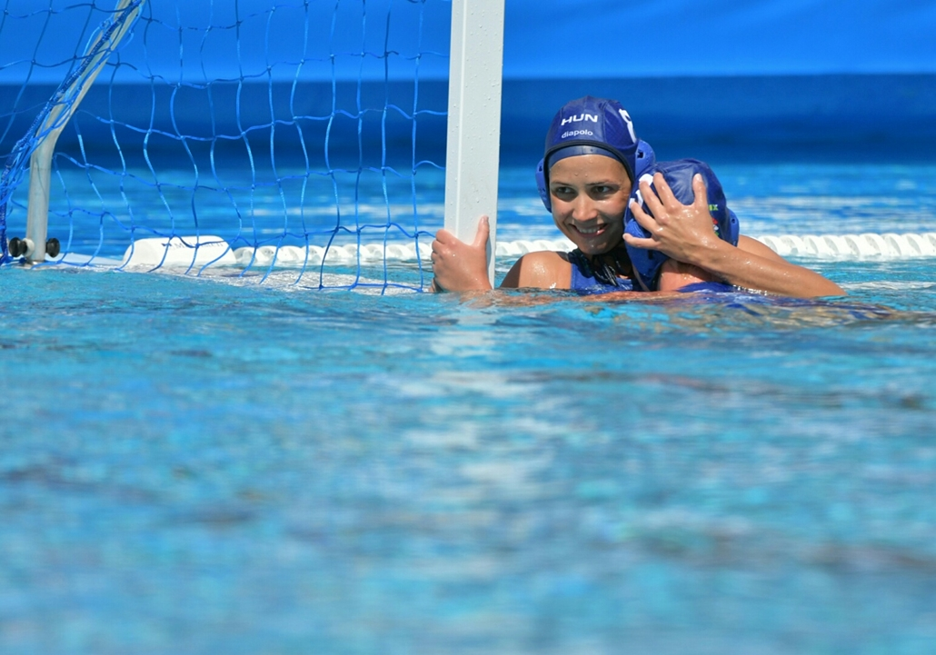 tg.17.07.28. - FINA nagyítás - Keszthelyi Rita és Antal Dóra a  a női vízilabdatornán a 5. helyért játszott Olaszország - Magyarország mérkőzésen