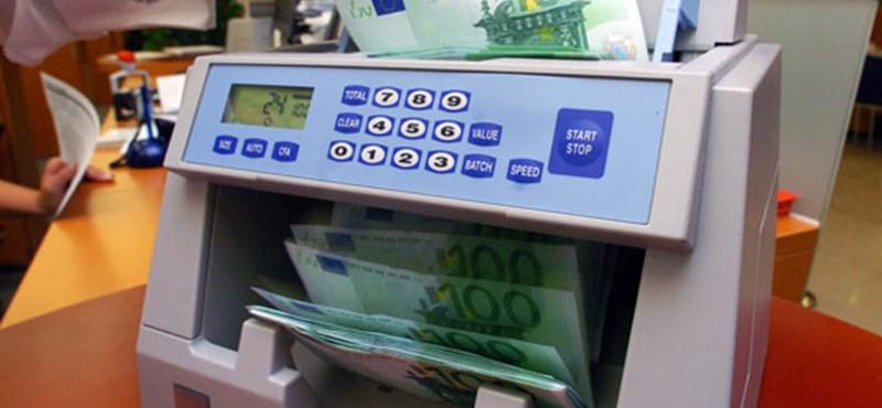 Románia: előbb lesz euró, mint Magyarországon