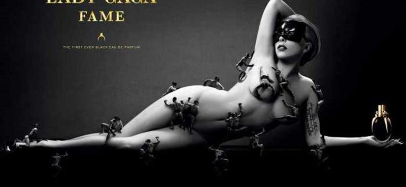 Fotó: férfiak lepték el Lady Gaga meztelen testét