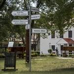 Jurtatábor és footgolf: igazán mindenkire figyel Lezsák Sándorék alapítványa
