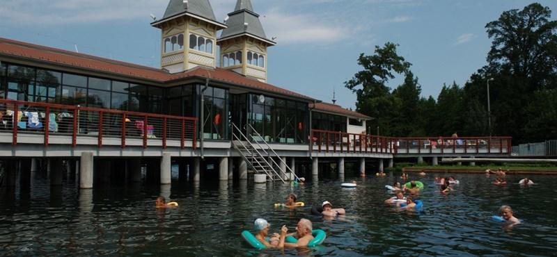 Magyar állami támogatással nyaralnak a német turisták Hévízen