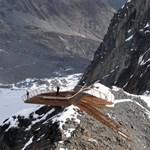 Lebegés a szakadék felett! Csúcskilátó a tiroli Alpokban